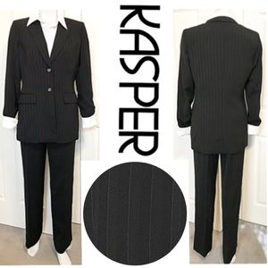 Kasper, Black 2 Piece Blazer/Jacket Pant Suit Set